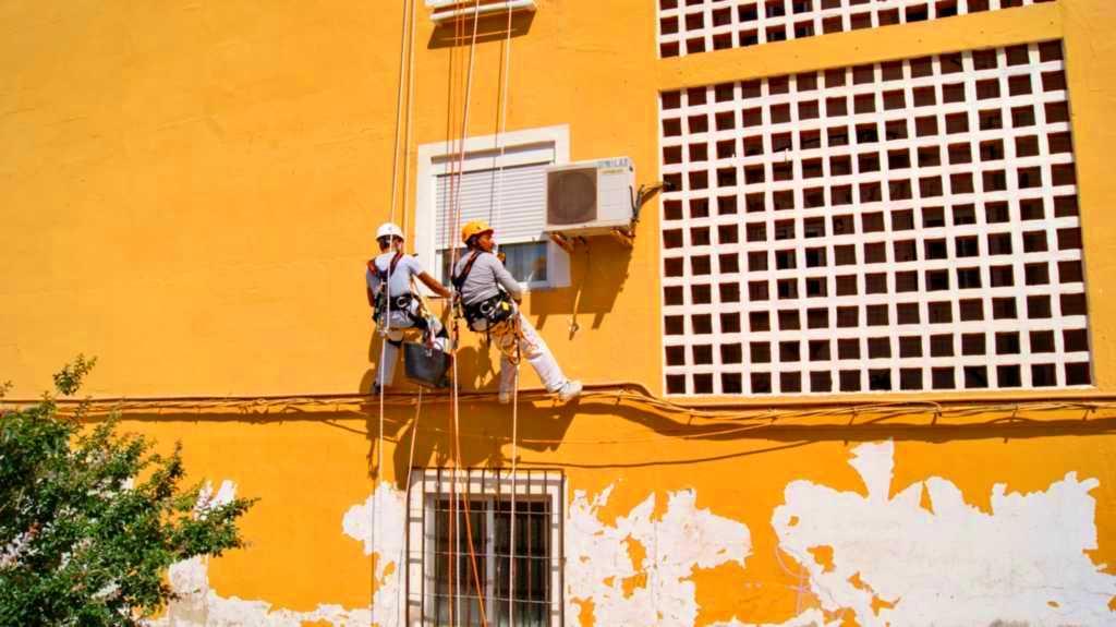 Trabajos en Alturas España
